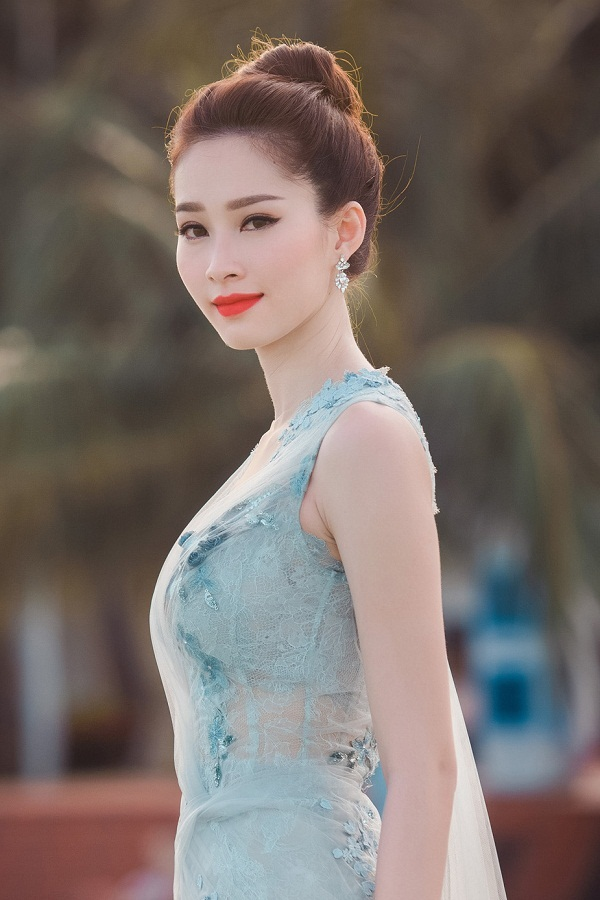 3 hoa hậu Việt sở hữu góc mặt 3/4 đẹp thần thánh - Ảnh 11.