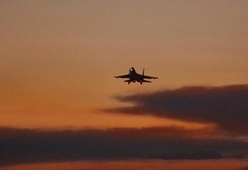Sư đoàn Không quân 370 thực hành diễn tập bắn đạn thật - Ảnh 11.