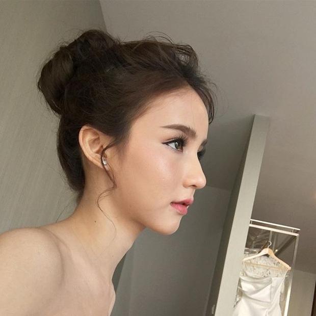 Hot girl được ví đẹp hơn Nong Poy vừa trở thành Hoa hậu chuyển giới Thái Lan 2017 - Ảnh 11.