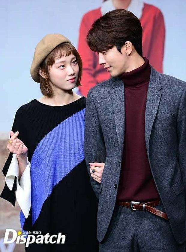Sự thật đằng sau loạt ảnh Nam Joo Hyuk o bế mỹ nhân mặt đơ, bơ đẹp bạn gái cũ Lee Sung Kyung - Ảnh 11.