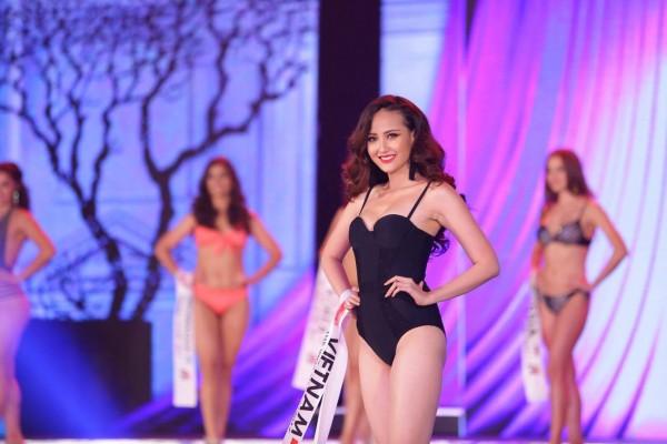 HOT: Khánh Ngân đăng quang Hoa hậu Hoàn cầu 2017 - Ảnh 11.