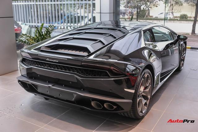 Lamborghini Huracan màu đen đầu tiên Việt Nam đã có chủ nhân - Ảnh 10.