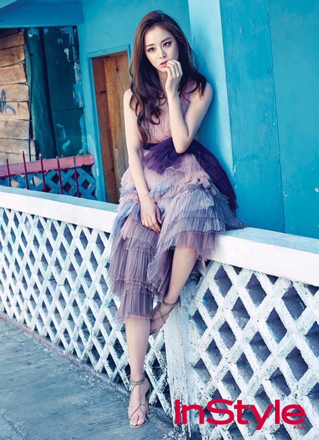 Bí quyết thời trang để Kim Tae Hee trẻ như 18 khi đã gần 40 - Ảnh 4.