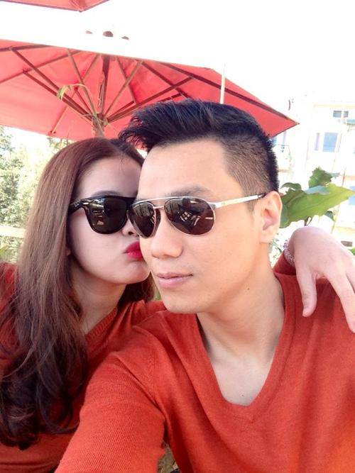 Trước khi vướng tin đồn ly hôn, Việt Anh với bà xã từng mặn nồng khiến người khác phát ghen - Ảnh 12.