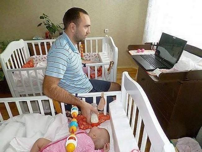 16 sáng kiến trông con của hội bố mẹ bỉm sữa siêu lười - Ảnh 12.