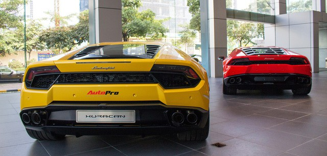 Lamborghini Huracan màu đen đầu tiên Việt Nam đã có chủ nhân - Ảnh 11.