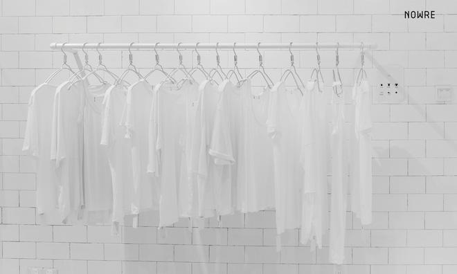 Bắt chước Nhật Bản, Trung Quốc cũng có một shop chỉ bán toàn áo phông trắng sở hữu cái tên kỳ quái: | | - Ảnh 13.
