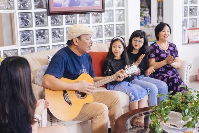 Tiết lộ cuộc sống đẹp như mơ của nhạc sĩ Trần Tiến và vợ sau 8 năm ở Vũng Tàu  - Ảnh 13.