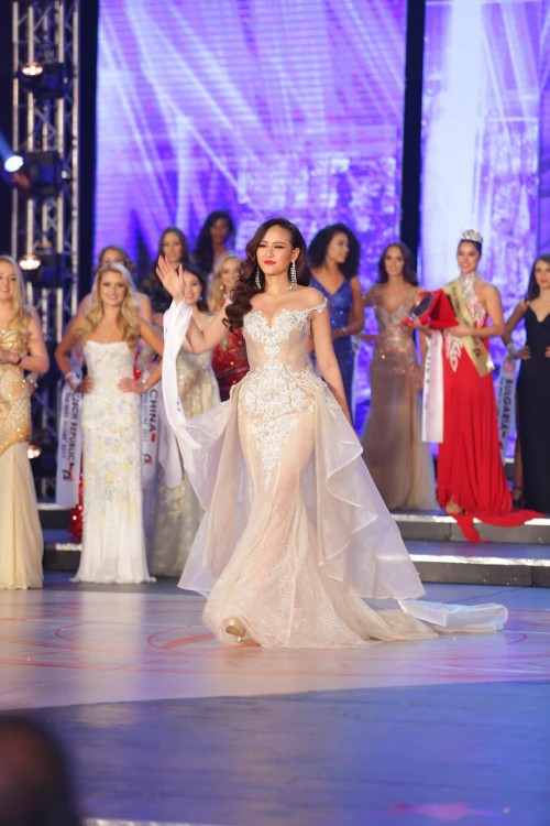 HOT: Khánh Ngân đăng quang Hoa hậu Hoàn cầu 2017 - Ảnh 13.