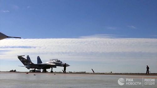 [ẢNH] Khoảnh khắc đẹp của tàu sân bay Nga tham chiến ở Syria - Ảnh 13.