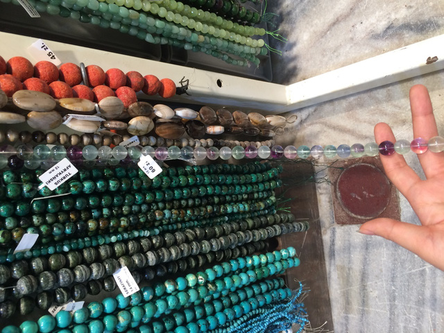 Tôi đã sốc nặng khi đi mua đá phong thủy ở trời Tây với giá 1 bữa ăn trưa, chỉ bằng 1/3 đến 1/5 giá đá ở Việt Nam - Ảnh 15.