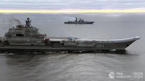 [ẢNH] Khoảnh khắc đẹp của tàu sân bay Nga tham chiến ở Syria - Ảnh 15.