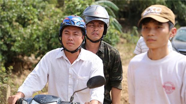 Sau sự hào nhoáng bên ngoài của showbiz, vẫn có những sao Việt giản dị đi xe máy, ăn mì tôm giản dị - ảnh 17