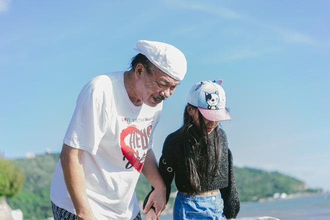 Tiết lộ cuộc sống đẹp như mơ của nhạc sĩ Trần Tiến và vợ sau 8 năm ở Vũng Tàu  - Ảnh 17.