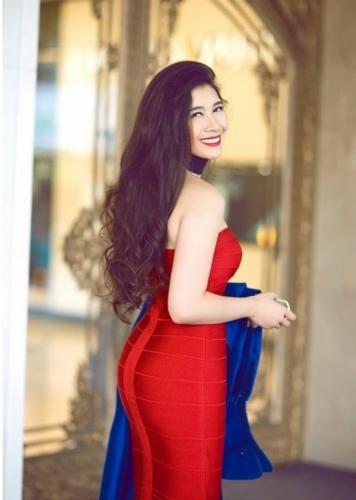 Vẻ đẹp trời phú của những  ái nữ nhà đại gia Việt  - Ảnh 18