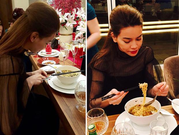 Sau sự hào nhoáng bên ngoài của showbiz, vẫn có những sao Việt giản dị đi xe máy, ăn mì tôm giản dị - ảnh 19