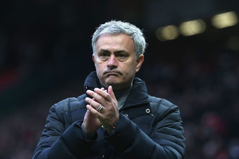 Mourinho và Người đặc biệt mới khẩu chiến trước thềm trận chiến - Ảnh 3.