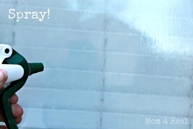 Không cần mua nước lau kính, cửa kính đầy bụi cũng sạch bóng nhờ hỗn hợp pha chế chưa đầy 3 giây - Ảnh 3.