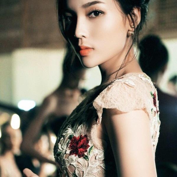 3 hoa hậu Việt sở hữu góc mặt 3/4 đẹp thần thánh - Ảnh 3.