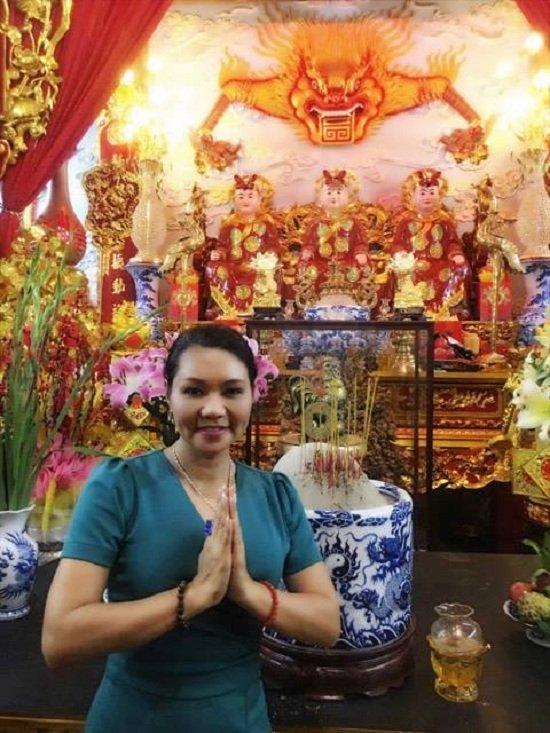 Ảnh mới nhất của Ngọc Huyền ở Việt Nam sau 14 năm ở Mỹ - Ảnh 4.