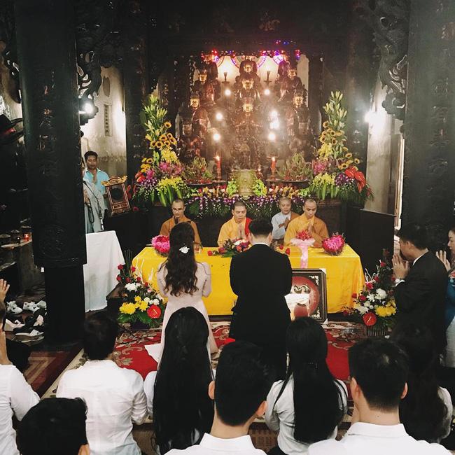 MC Thành Trung rạng rỡ trong buổi lễ hằng thuận với bạn gái Ngọc Hương - Ảnh 3.