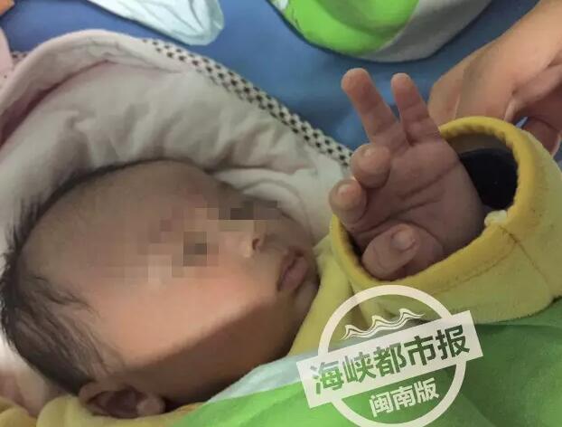 Bé sơ sinh 40 ngày tuổi bị đâm 30 mũi kim vì bà ngoại tin bài thuốc dân gian chích máu - Ảnh 3.