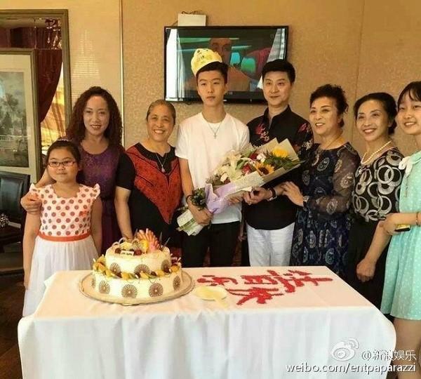 Em trai Phạm Băng Băng bỏ ngang việc học, nuôi mộng làm sao  - Ảnh 3.