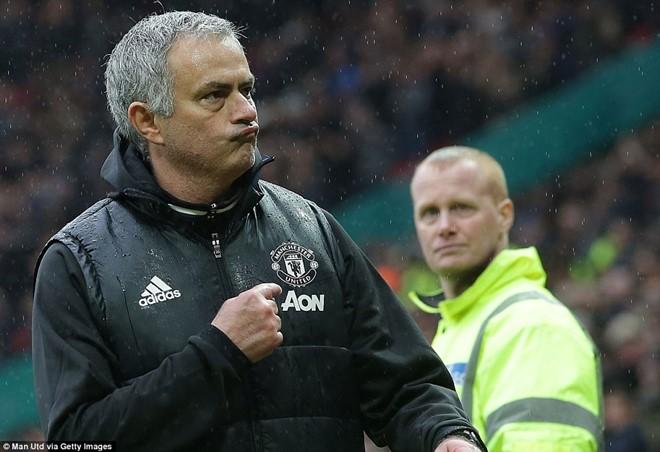 Kẻ nào coi thường Mourinho đều phải chết - Ảnh 4.