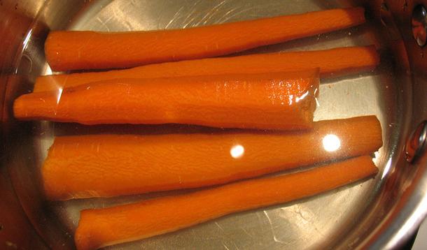 BBC: Cách ăn cà rốt sai lầm ai cũng mắc, triệt tiêu đặc tính chống ung thư - Ảnh 2.