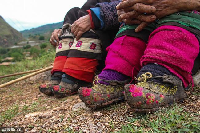 Mục sở thị những đôi chân gót sen cuối cùng của phụ nữ Trung Quốc thời hiện đại - Ảnh 3.
