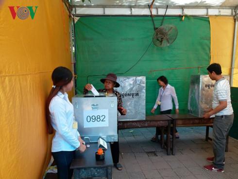 Campuchia bắt đầu bỏ phiếu bầu cử Hội đồng xã, phường nhiệm kỳ 4 - ảnh 3