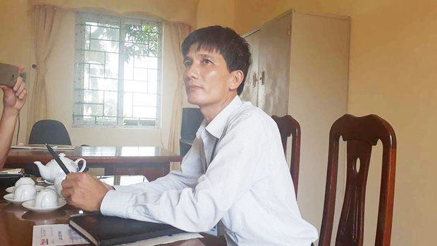 Phó chủ tịch xã nhận sai khi phê bình cả nhà nữ cử nhân trong sơ yếu lý lịch - Ảnh 2.