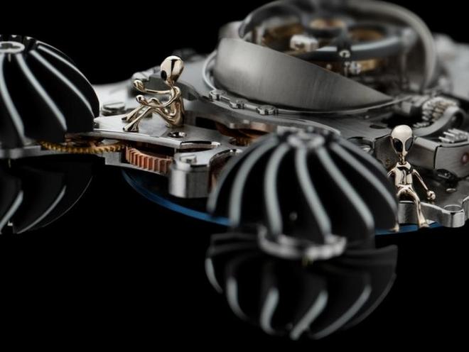 Cận cảnh siêu đồng hồ người ngoài hành tinh siêu dị trị giá hơn 11 tỉ, thế giới chỉ có 4 chiếc - Ảnh 3.