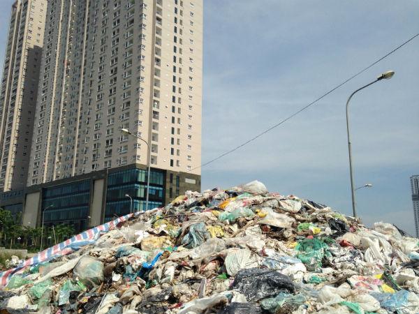 Hà Nội: Hàng trăm căn hộ view đẹp đóng cửa im ỉm cả ngày - Ảnh 3.
