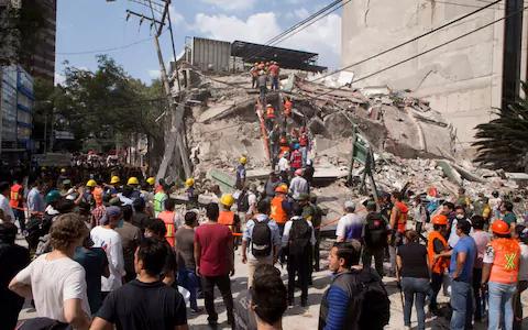 Động đất Mexico: Hối hả cứu người sau khi thấy cánh tay cử động - Ảnh 3.