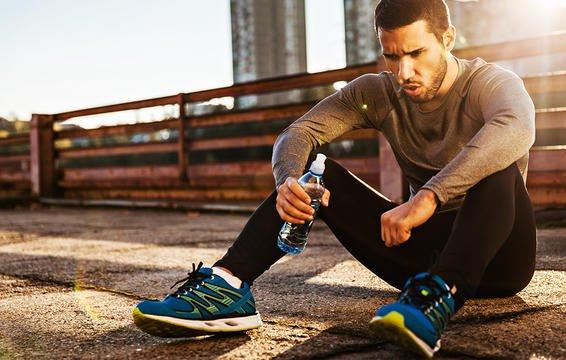 Những dấu hiệu cho thấy lượng đường huyết của bạn đang ở mức quá cao - Ảnh 2.