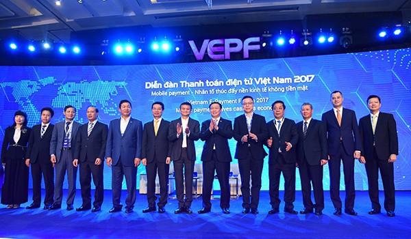 Jack Ma đã nói những gì trong 1 tiếng truyền cảm hứng cho doanh nhân, startup Việt? - Ảnh 3.