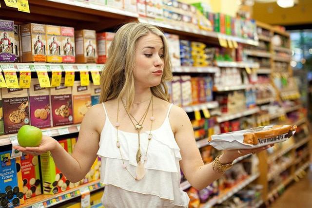 Ai đi siêu thị cũng vướng phải sai lầm này, bảo sao khách hàng bị móc ví nhiều hơn - Ảnh 3.