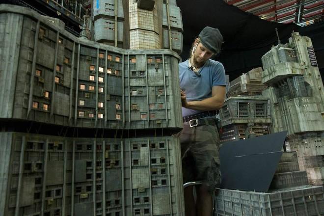 Thật khó tin nhưng phần lớn bối cảnh trong Blade Runner 2049 đều được làm thủ công - Ảnh 3.