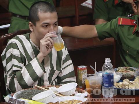 Chùm ảnh: Bữa ăn cuối cùng của tử tù Nguyễn Hải Dương - Ảnh 4.
