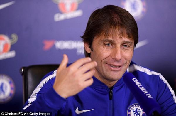 Klopp: 'Chelsea chẳng là gì khi không có Matic và Costa' - Ảnh 2.