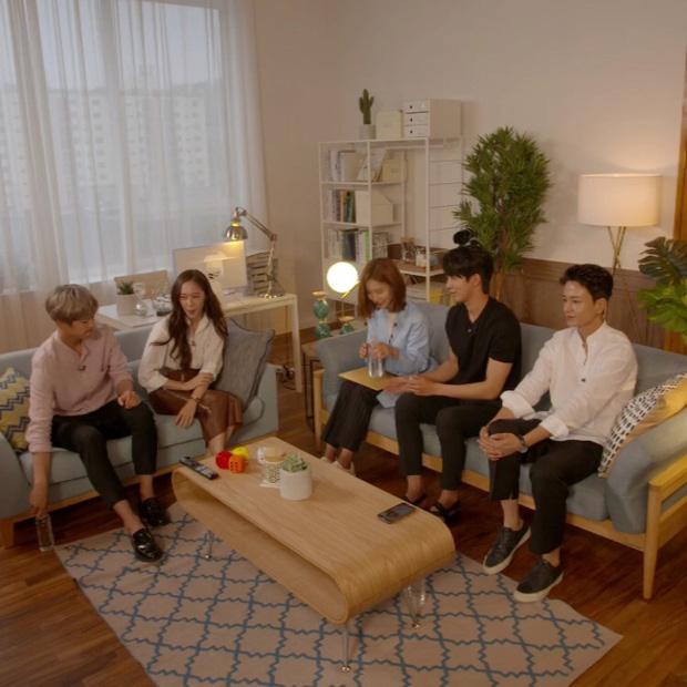 Sự thật đằng sau loạt ảnh Nam Joo Hyuk o bế mỹ nhân mặt đơ, bơ đẹp bạn gái cũ Lee Sung Kyung - Ảnh 22.