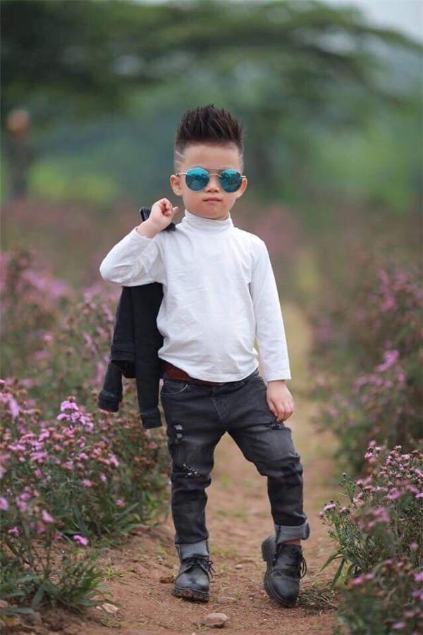 Sự thật bất ngờ về cậu bé đánh giày đang gây bão cộng đồng mạng - Ảnh 25.