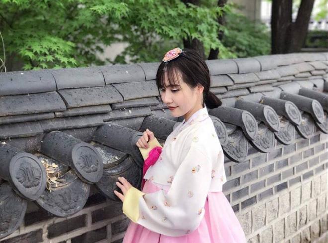 Chân dung 2 đại gia biến vợ từ hot girl Việt thành phượng hoàng đài các, dát đồ hiệu từ đầu đến chân - Ảnh 26.
