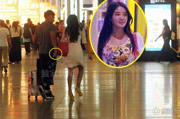 Nam diễn viên nổi tiếng qua đêm cùng hai gái lạ trong khách sạn mặc dù đã có vợ con - Ảnh 6.