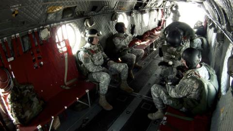 Mỹ nâng cấp trực thăng CH-47 Chinook thành cụ ông 100 tuổi  - Ảnh 4.