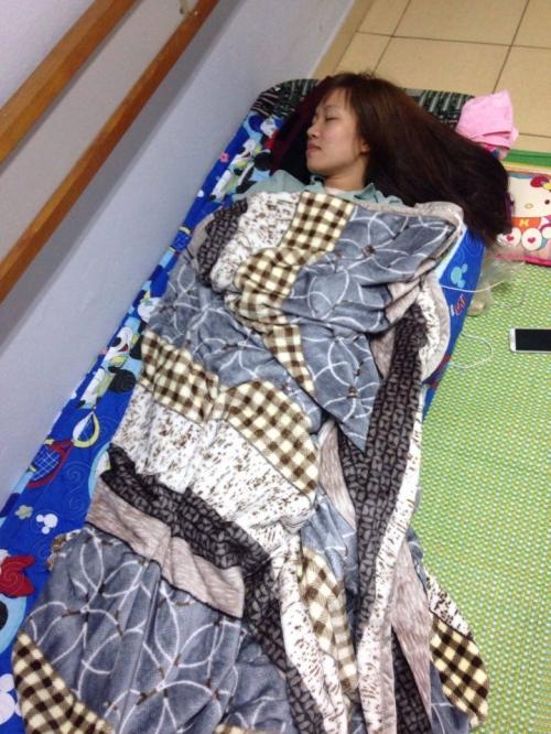 Nghị lực phi thường của cô giáo trẻ chống chọi với bệnh ung thư - Ảnh 4.