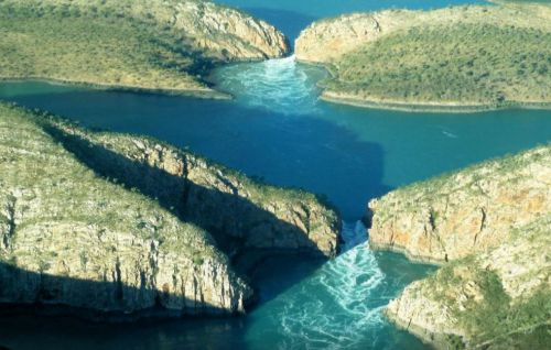 8 hiện tượng thiên nhiên tuyệt đẹp chỉ có ở Australia - Ảnh 4.