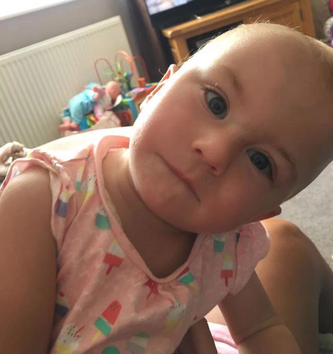 Bé gái sơ sinh được cứu sống từ tay tử thần nhờ hành động kì lạ của chị gái - Ảnh 4.