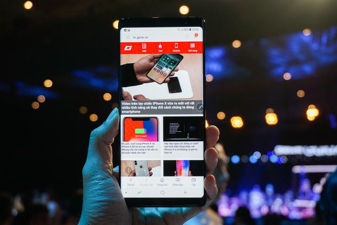 Samsung Galaxy Note8 chính thức ra mắt tại Việt Nam: Thiết kế ấn tượng, camera kép xóa phông chủ động, giá 22,5 triệu - Ảnh 4.